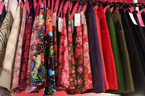 """Individuelle und handgefertigte Mode """"von der Stange"""" zu fairen Preisen ist Mangelware bei Modeherstellern."""